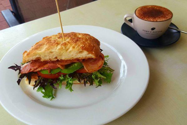 junction cafe mossman