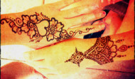PDY_Henna_Hands-190x111