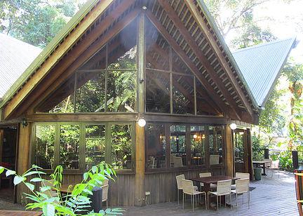 whatsoninport cassowary restaurant